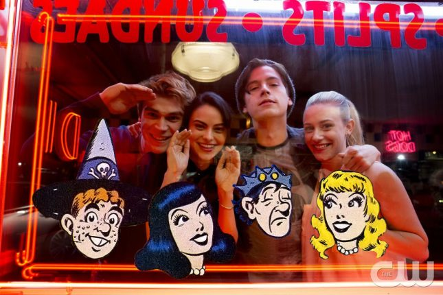 Riverdale vs Archie Comics: How 4 Main Characters Are Changed + Darker in the Show